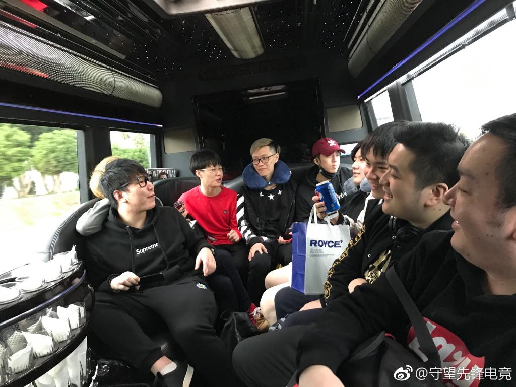世界杯中国队今日已经抵达美国安纳海姆