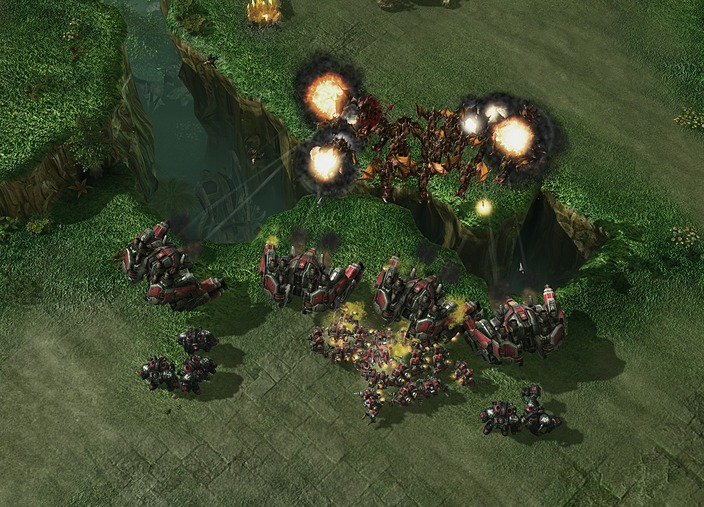 http://img1.cache.netease.com/game/starcraft2/images/unit/terran/thor1.jpg