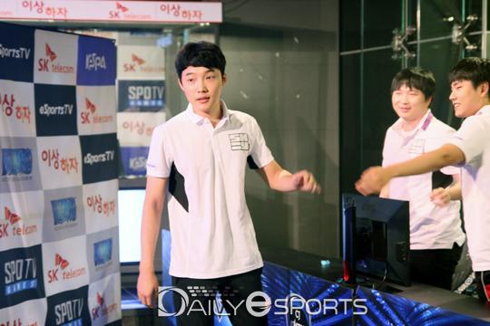 韩国星际2再出假赛:YoDa遭警方逮捕 12人涉案