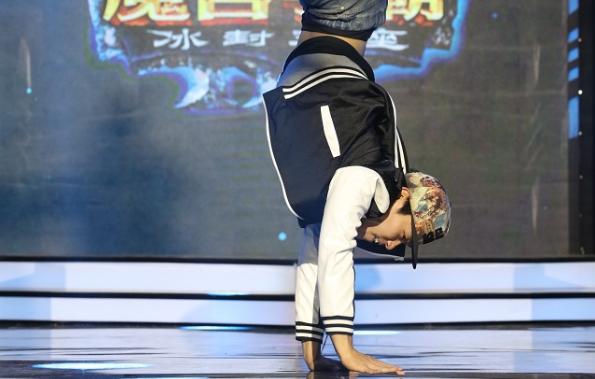 [视频] 全部都闪开,War3街舞王Sok登场了