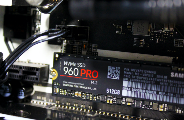 三星960系列固态硬盘让你快人一步